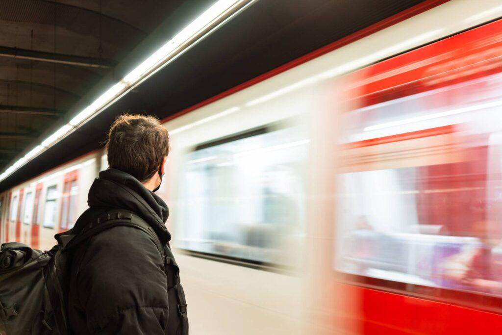 plus de transporte trabajador metro