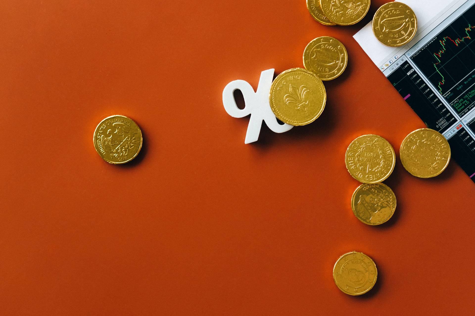 política de incentivos para motivar en el trabajo